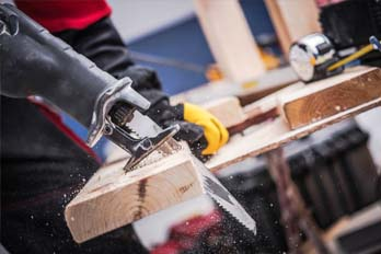 What can you cut with a reciprocating saw?