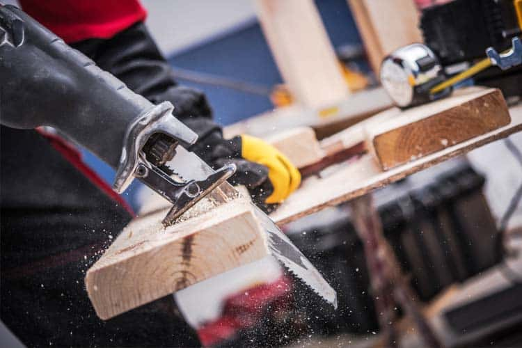 what can you cut with a reciprocating saw