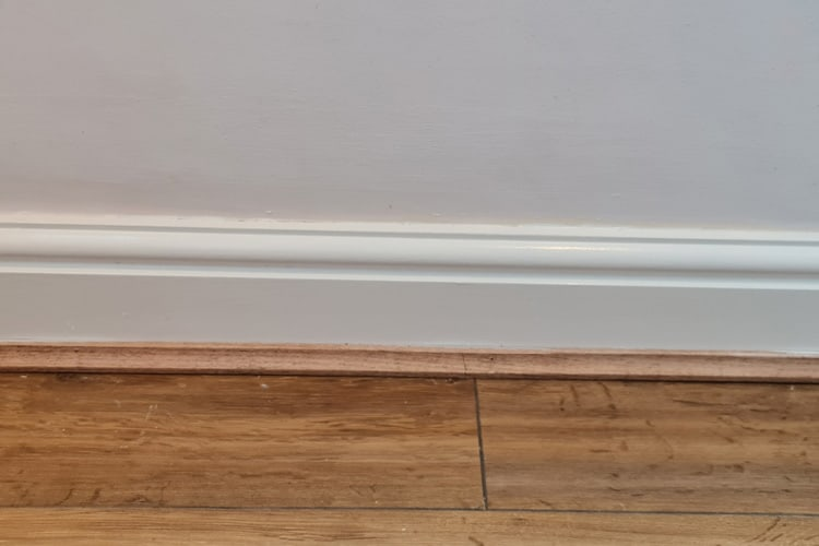 The finished skirting board