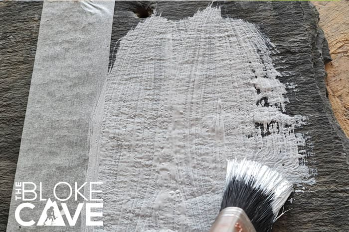 Painting the slate with masonry paint