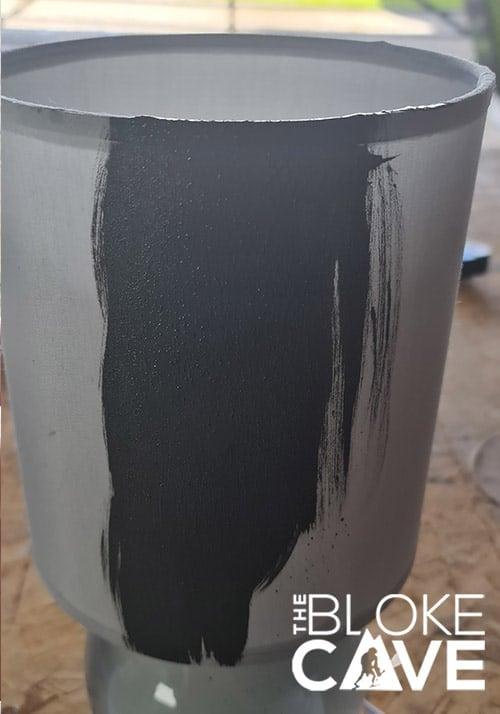 Paint on the chalk paint