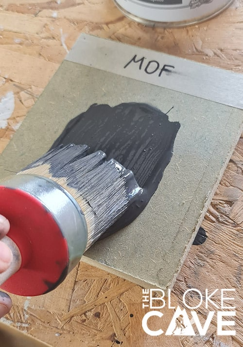 Painting the MDF with chalk paint