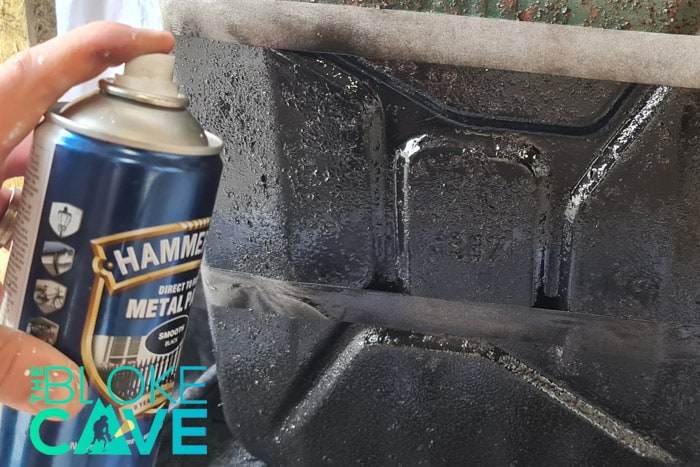 Painting with the regular Hammerite spray paint